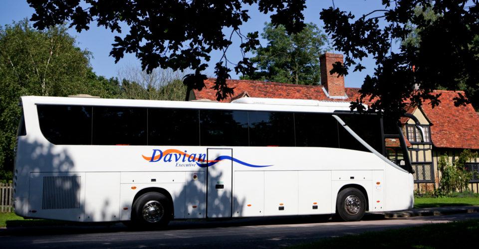 Davian Executive Coach in countryside